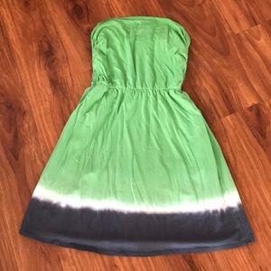Strapless splendid dress